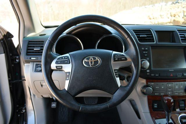 2012 Toyota Highlander Limited Naugatuck, Connecticut 26