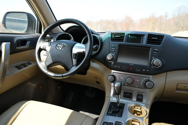 2012 Toyota Highlander Naugatuck, Connecticut 14
