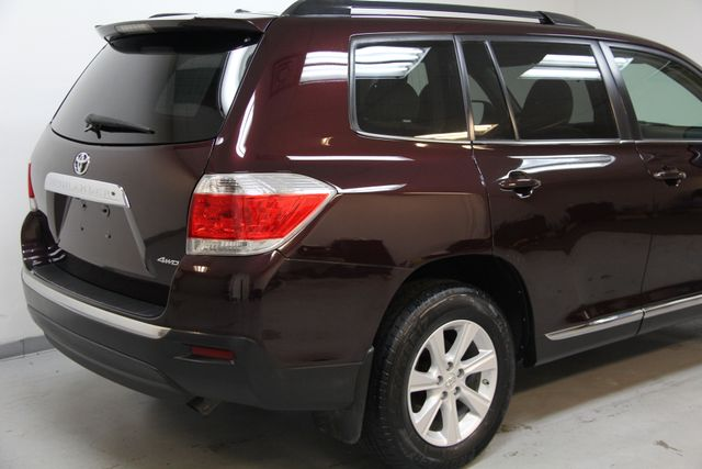 2012 Toyota Highlander 4WD Richmond, Virginia 3