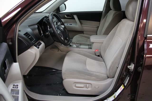 2012 Toyota Highlander 4WD Richmond, Virginia 15