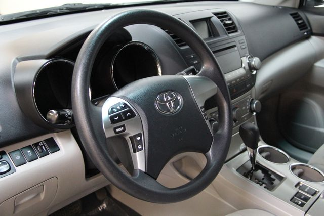 2012 Toyota Highlander 4WD Richmond, Virginia 6