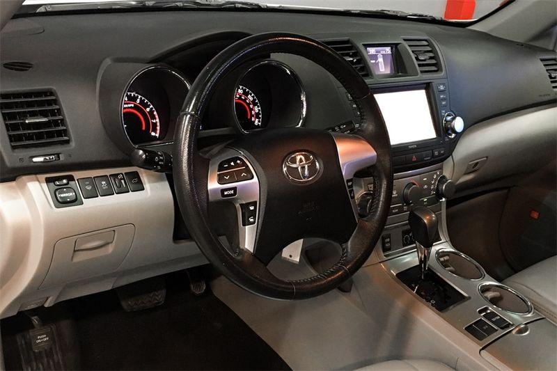2012 Toyota Highlander SE  city CA  M Sport Motors  in Walnut Creek, CA