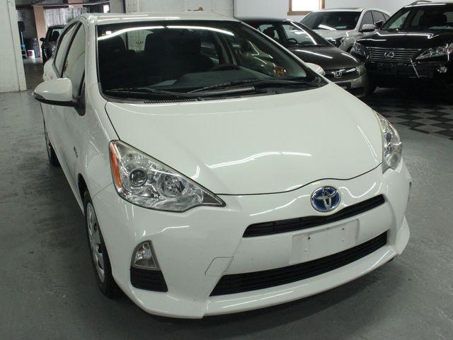 2012 Toyota Prius c Two Kensington, Maryland 9