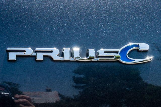 2012 Toyota Prius c Two Reseda, CA 44