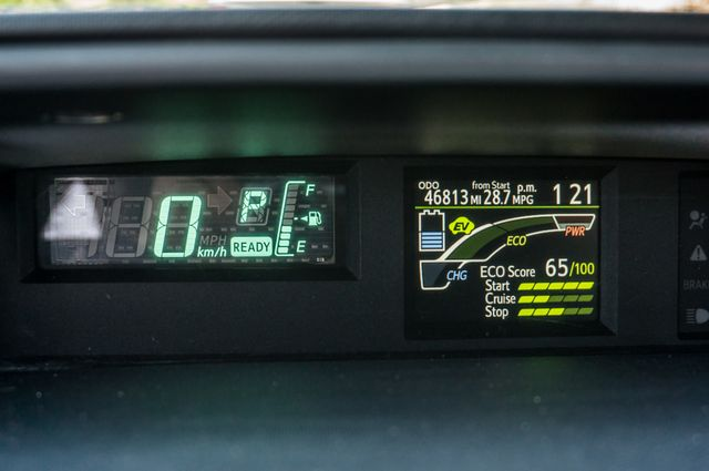 2012 Toyota Prius c Two Reseda, CA 14