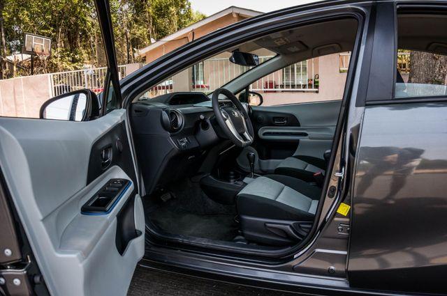 2012 Toyota Prius c Two Reseda, CA 11