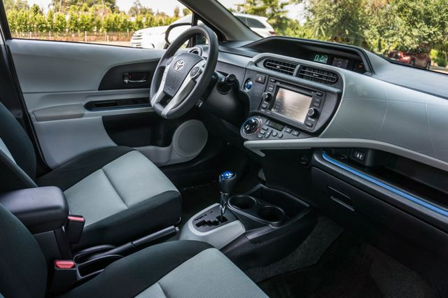 2012 Toyota Prius c Two Reseda, CA 30