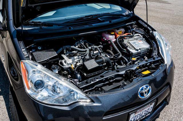 2012 Toyota Prius c Two Reseda, CA 35