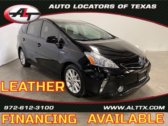 2012 Toyota Prius v with LEATHER Five