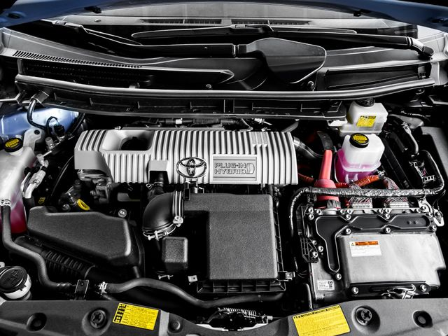 2012 Toyota Prius Plug-In Advanced Burbank, CA 24