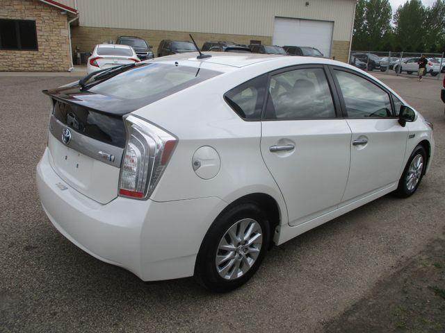 2012 Toyota Prius Plug-In Farmington, MN 1