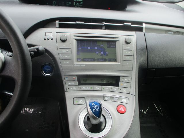 2012 Toyota Prius Plug-In Farmington, MN 7