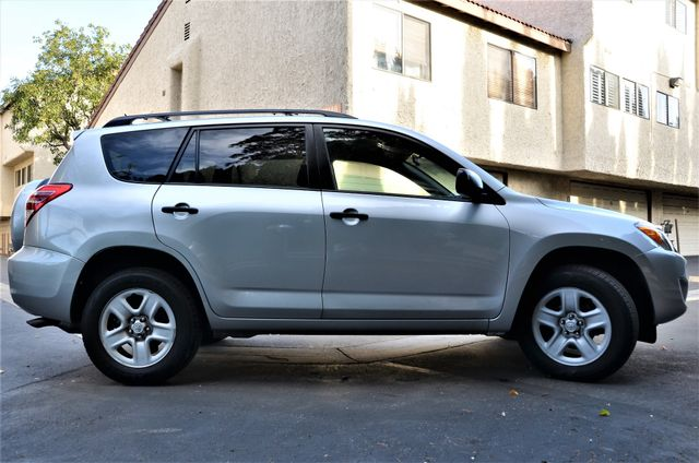 2012 Toyota RAV4 4WD Reseda, CA 17