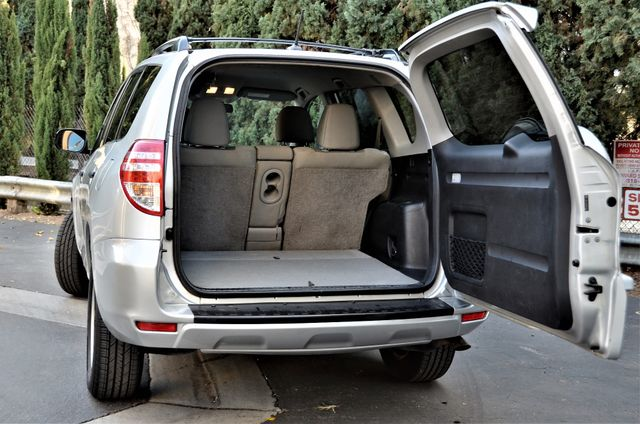 2012 Toyota RAV4 4WD Reseda, CA 18