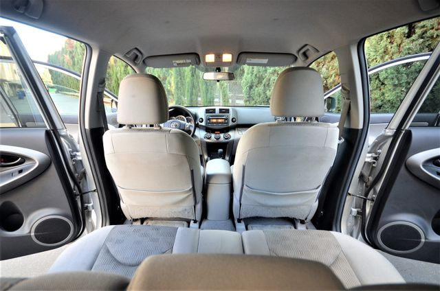 2012 Toyota RAV4 4WD Reseda, CA 19