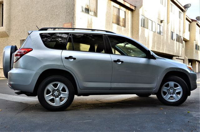 2012 Toyota RAV4 4WD in Reseda, CA, CA 91335