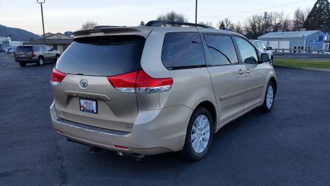 2012 Toyota Sienna LE AWD | Ashland, OR | Ashland Motor Company in Ashland, OR