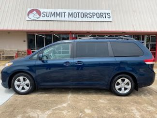 2012 Toyota Sienna LE in Clute, TX 77531