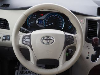 2012 Toyota Sienna XLE Englewood, CO 12