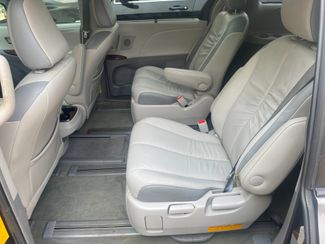 2012 Toyota Sienna Ltd AWD Farmington, MN 6