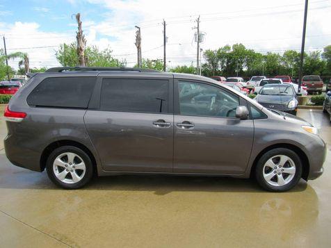 2012 Toyota Sienna LE | Houston, TX | American Auto Centers in Houston, TX