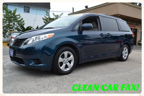 2012 Toyota Sienna LE in Lynbrook, New