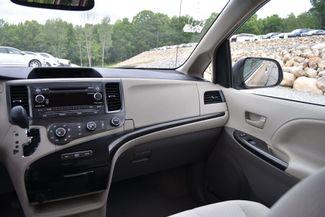2012 Toyota Sienna LE Naugatuck, Connecticut 17