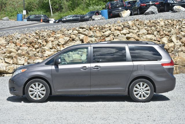 2012 Toyota Sienna Limited Naugatuck, Connecticut 1
