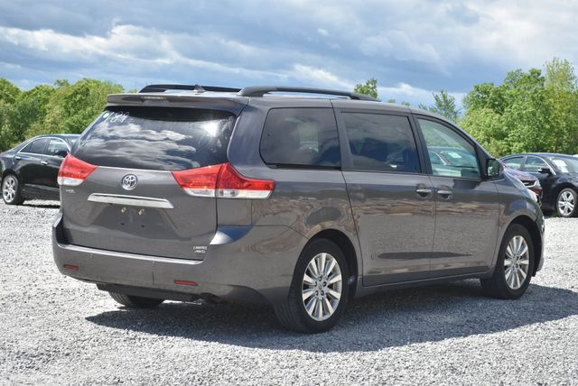 2012 Toyota Sienna Limited Naugatuck, Connecticut 4
