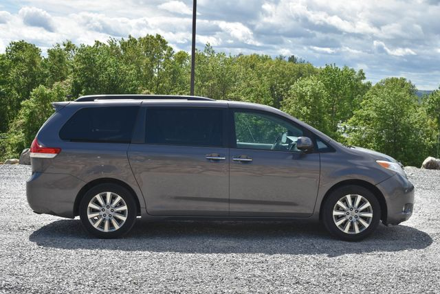 2012 Toyota Sienna Limited Naugatuck, Connecticut 5