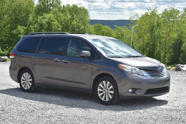 2012 Toyota Sienna Limited Naugatuck, Connecticut 6