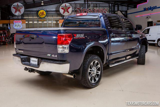 2012 Toyota Tundra CREWMAX SR5 4X4 in Addison Texas, 75001