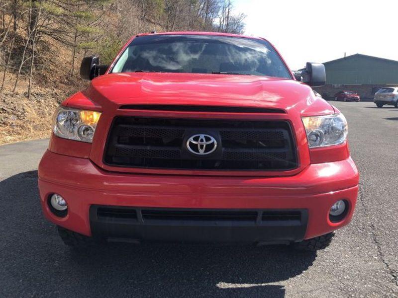 2012 Toyota Tundra    Pine Grove, PA   Pine Grove Auto Sales in Pine Grove, PA