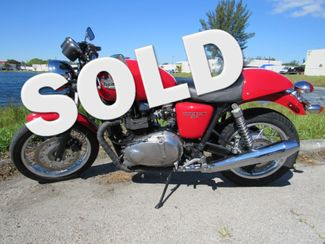2012 Triumph Thruxton 900 in Dania Beach , Florida 33004
