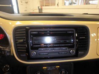 2012 Volkswagen Beetle 2.5L BEAUTY! LOW LOW  MILES!~ LIKE NEW!~ Saint Louis Park, MN 13