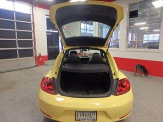 2012 Volkswagen Beetle 2.5L BEAUTY! LOW LOW  MILES!~ LIKE NEW!~ Saint Louis Park, MN 16