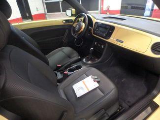2012 Volkswagen Beetle 2.5L BEAUTY! LOW LOW  MILES!~ LIKE NEW!~ Saint Louis Park, MN 3