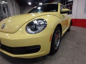 2012 Volkswagen Beetle 2.5L BEAUTY! LOW LOW  MILES!~ LIKE NEW!~ Saint Louis Park, MN 23