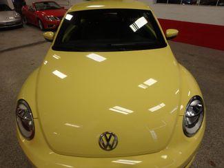 2012 Volkswagen Beetle 2.5L BEAUTY! LOW LOW  MILES!~ LIKE NEW!~ Saint Louis Park, MN 20