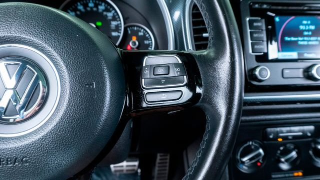 2012 Volkswagen Beetle 2.0T Turbo w/Sun/Snd/Nav PZEV in Dallas, TX 75229