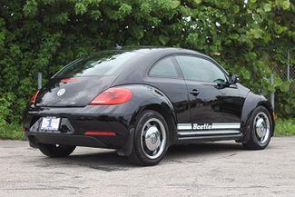 2012 Volkswagen Beetle 2.5L PZEV Hollywood, Florida 4
