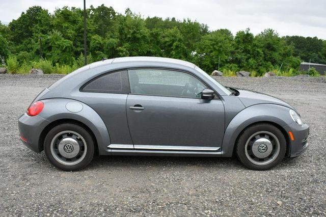 2012 Volkswagen Beetle 2.5L PZEV Naugatuck, Connecticut 7