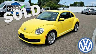 2012 Volkswagen Beetle  2.5L w/Sound/Nav PZEV | Palmetto, FL | EA Motorsports in Palmetto FL
