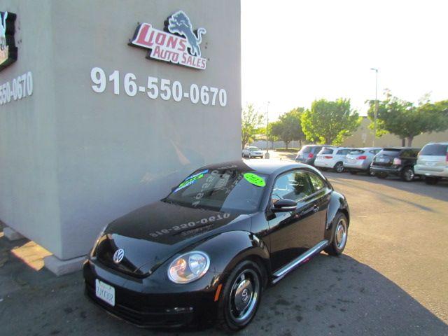 2012 Volkswagen Beetle 2.5L in Sacramento, CA 95825