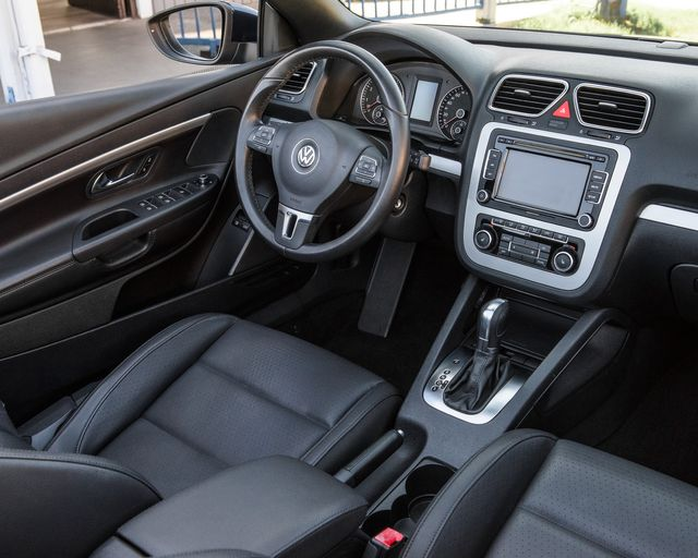 2012 Volkswagen Eos Komfort Burbank, CA 17