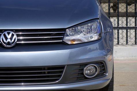2012 Volkswagen Eos Komfort* Auto* Hard Top Convert* EZ Finance** | Plano, TX | Carrick's Autos in Plano, TX