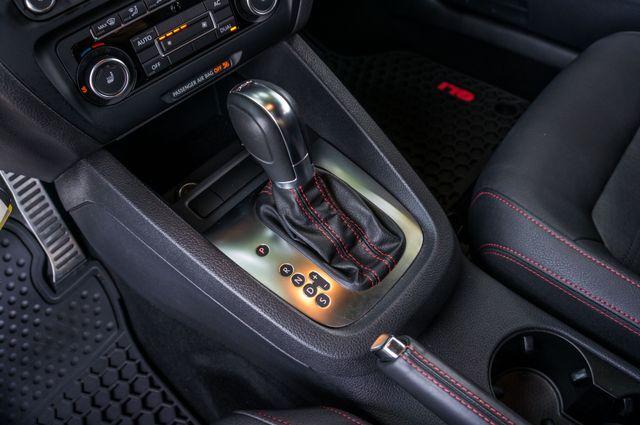 2012 Volkswagen GLI Autobahn PZEV Reseda, CA 28
