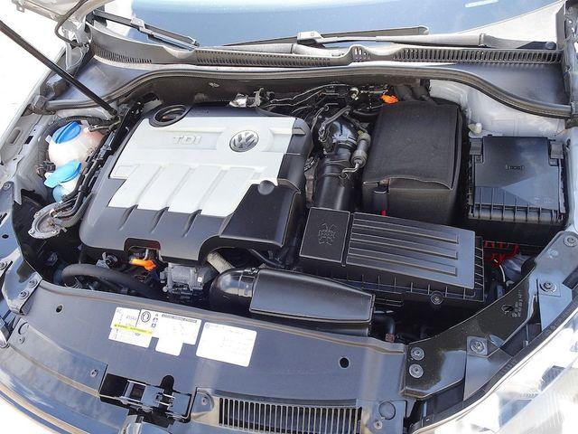 2012 Volkswagen Golf TDI w/Sunroof & Nav Madison, NC 32
