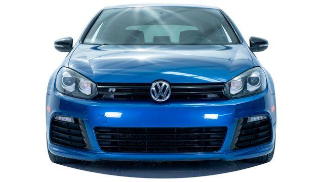 2012 Volkswagen Golf R w/Sunroof & Navi in Dallas, TX 75229