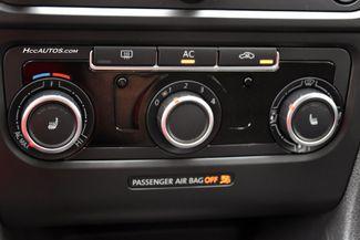 2012 Volkswagen Golf TDI w/Tech Pkg Waterbury, Connecticut 32